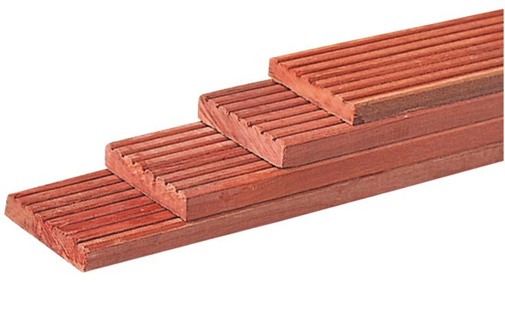 Dekdeel van hardhout 25 x 145 mm; geschikt voor terrassen, aanlegsteigers en afdekplank voor b.v. beschoeiing....