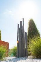 MO-B | Monolith Black Pillars 100