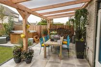 Westwood | Douglas veranda DeLuxe | Helder | 700cm