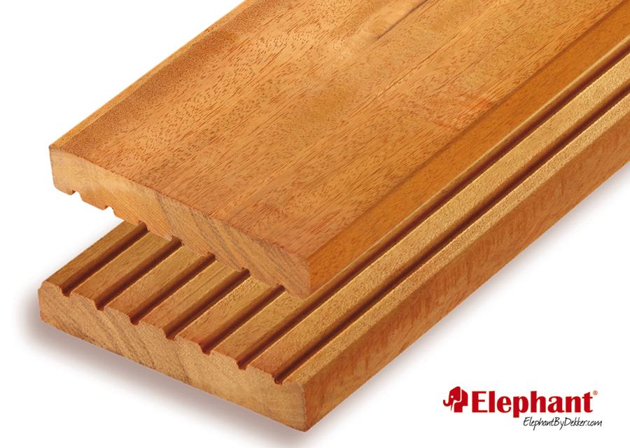 Houtsoort: bilinga fsc hardhout afwerking: semi ribbel/glad afmeting:25x 145mm lengte:395 cm let op: de ...