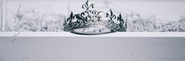 Crown in black and white