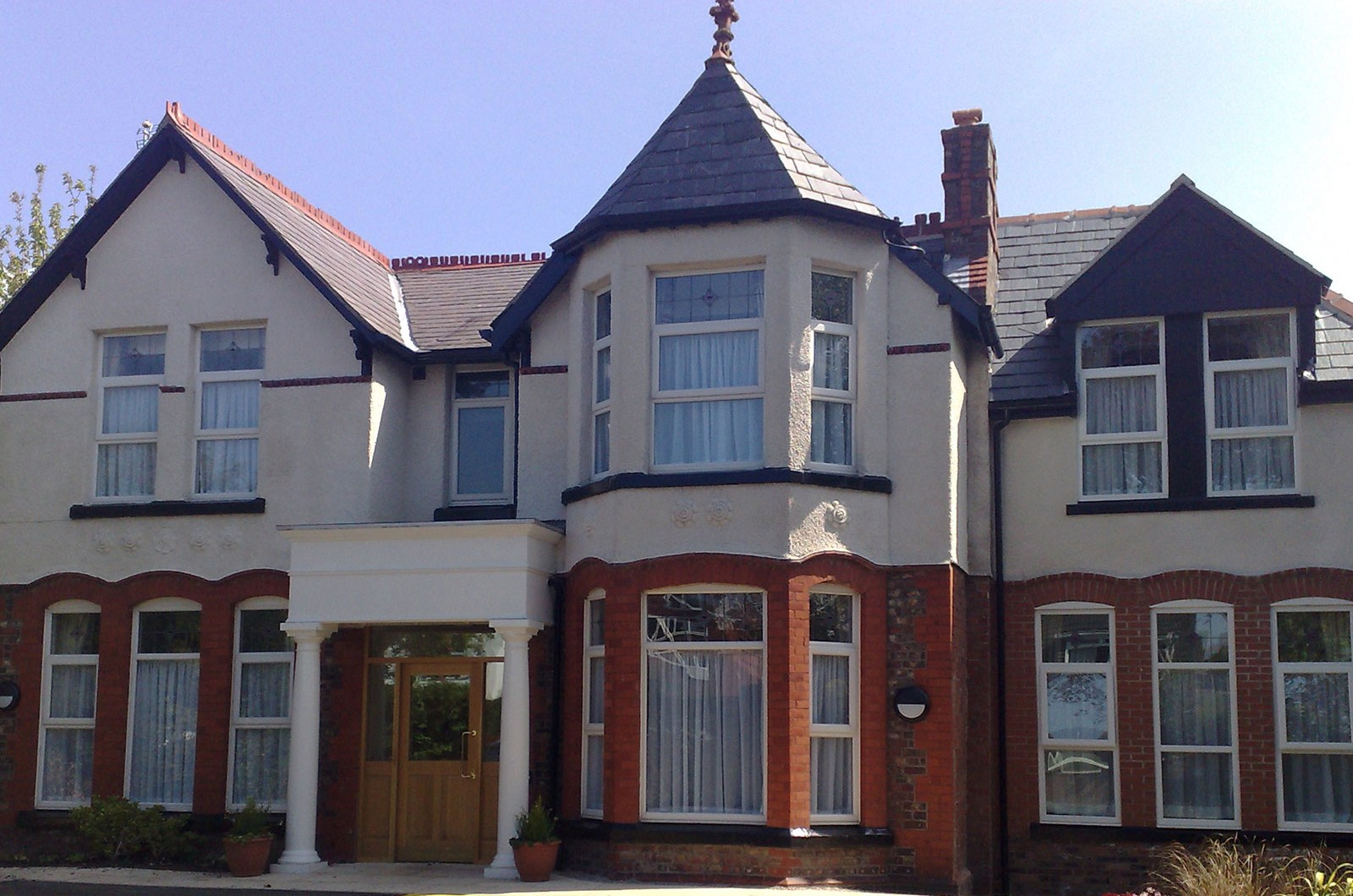 Sanderling House