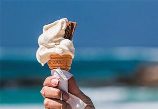 Ice cream articles