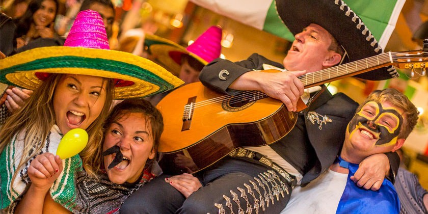Students with Mariachi Band