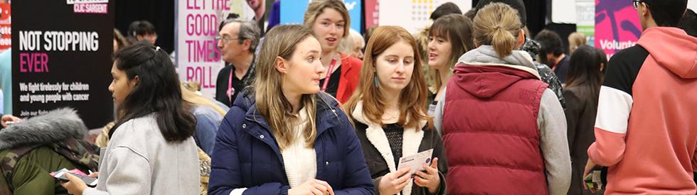 a crowd at the Bristol SU Volunteering Fair