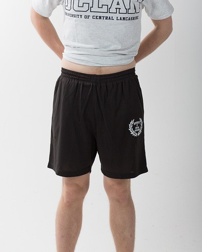 Sports shorts black 2