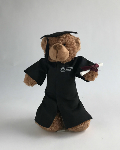 2018 08 08 product photography grad bear