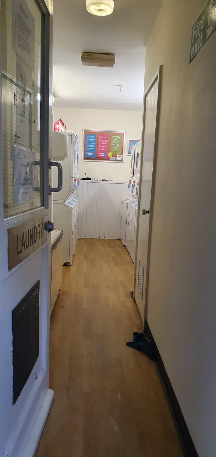 Sugarwell laundry room