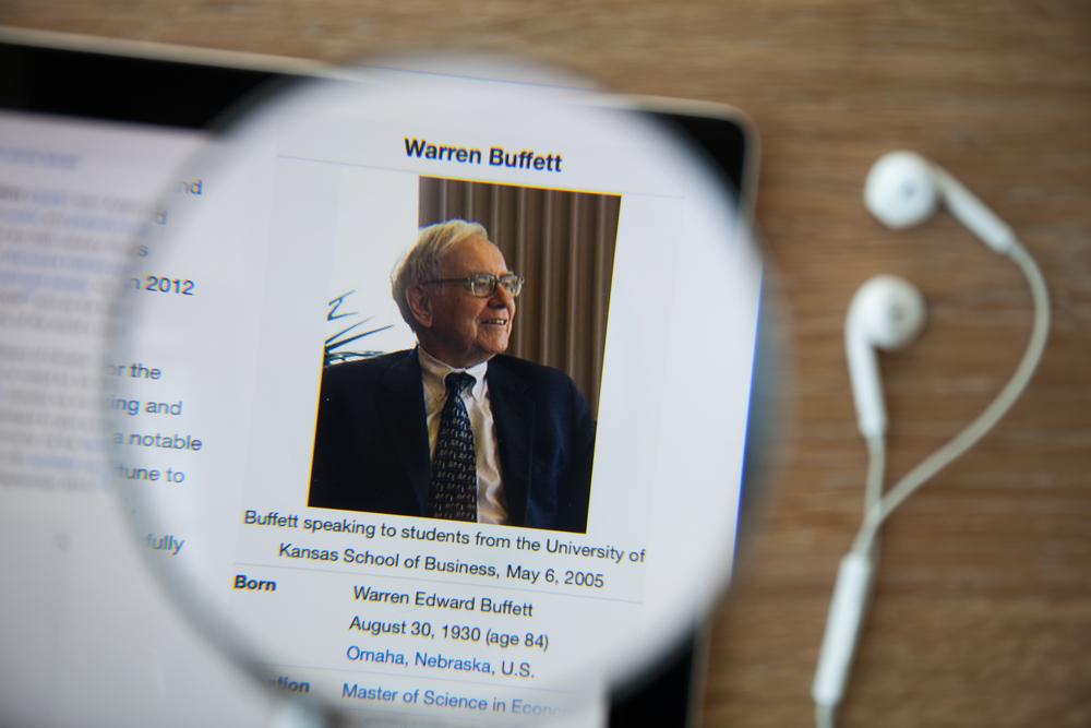 warren buffett- shutterstock