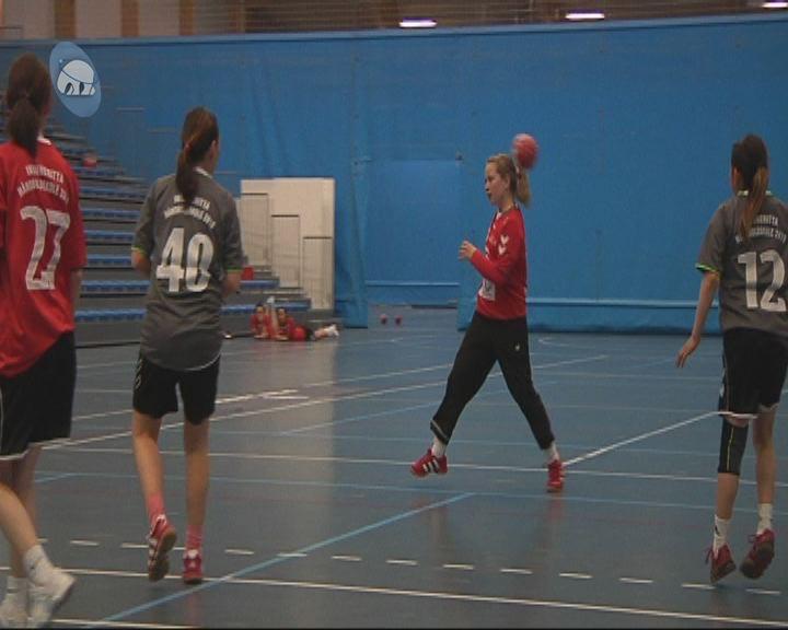 Håndboldskole kører alligevel