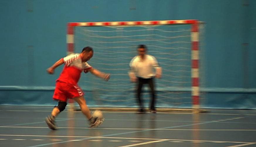 Hjemløsefodbold