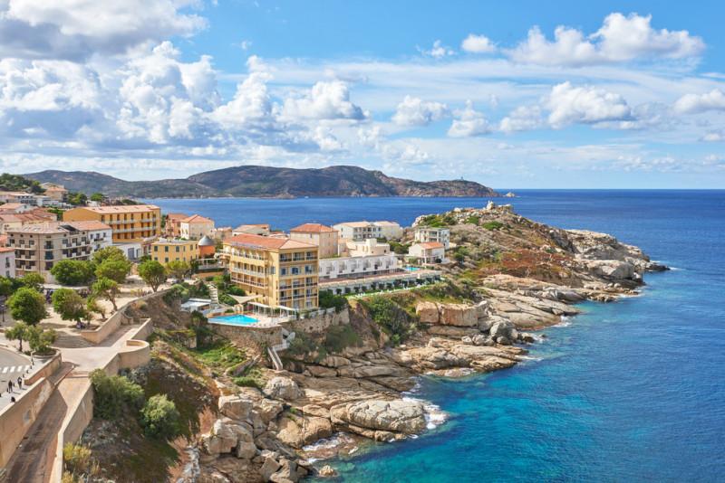 Corsica: come muoversi e cosa vedere