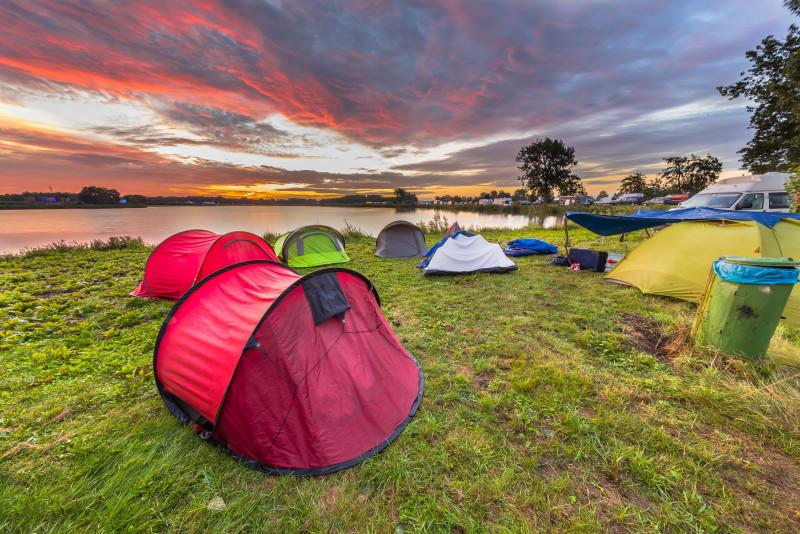 10 cose da portare in campeggio