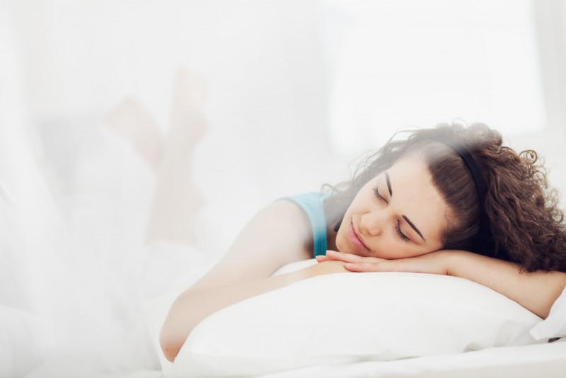 5 motivi per dormire con i capelli legati