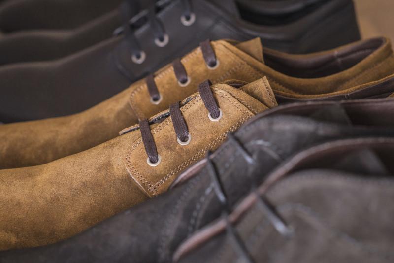 5 metodi per allargare le scarpe