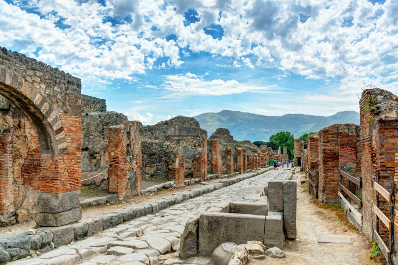 Come raggiungere Pompei da Napoli