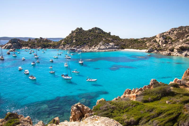 Guida alle spiagge isolate della Sardegna