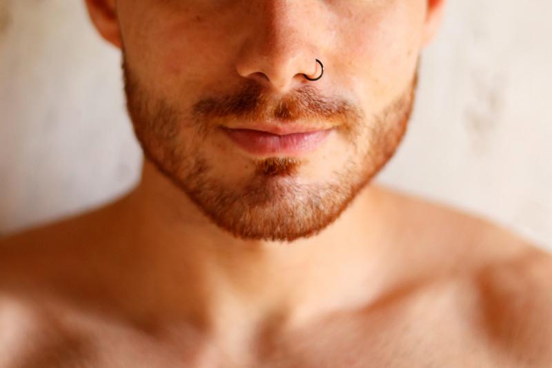 Come togliere un piercing