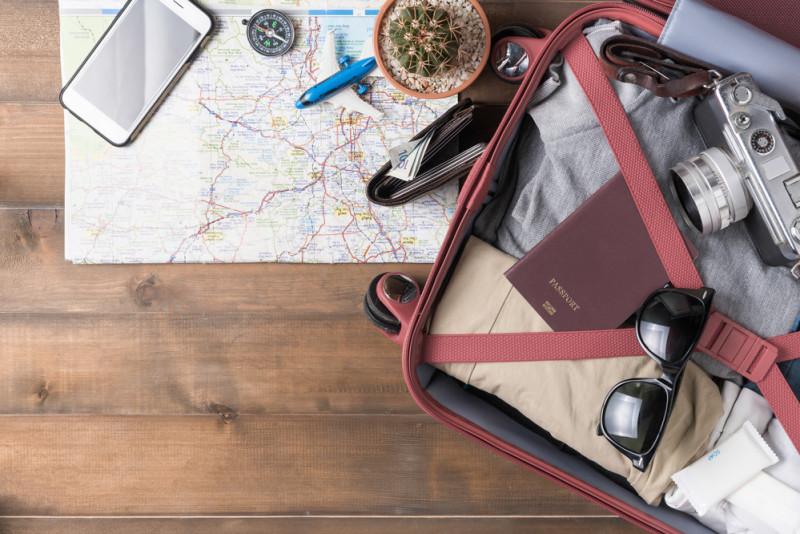 Come preparare il bagaglio a mano da aereo: normativa