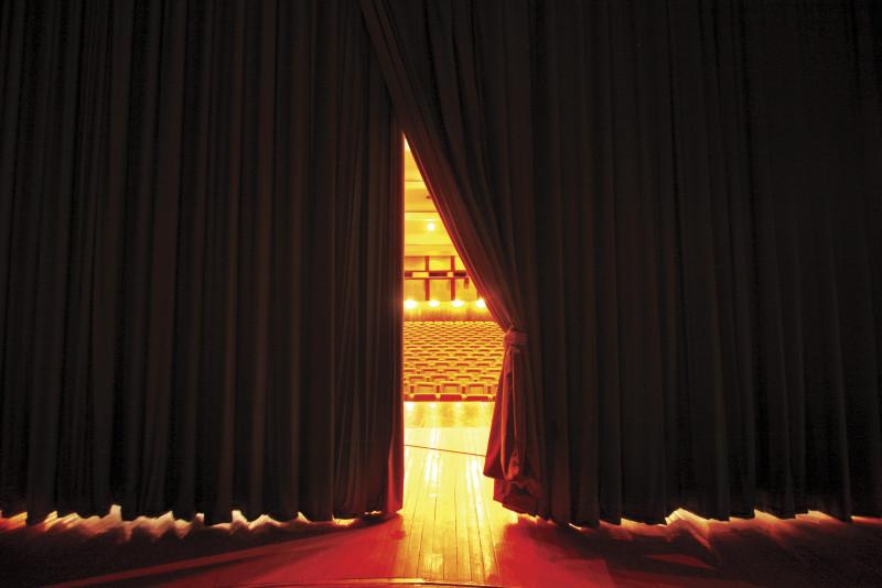 Come vestirsi a teatro