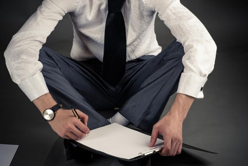 Come abbinare i pantaloni Principe di Galles