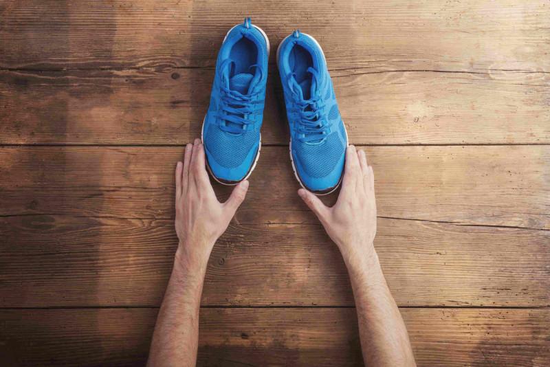 3 modi per allargare delle scarpe strette