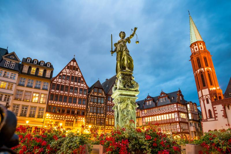 Come muoversi a Francoforte: trasporti, metro e bus