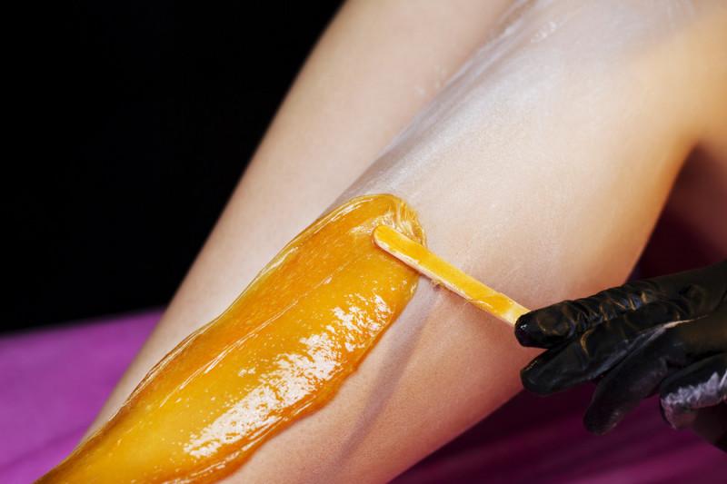 Come preparare una cera per depilazione fatta in casa