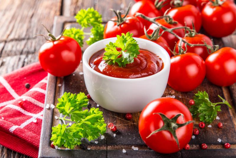 Come preparare un semplice sugo al pomodoro