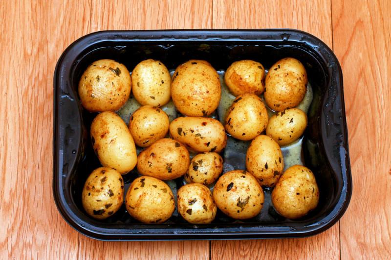 Come lessare le patate nel microonde