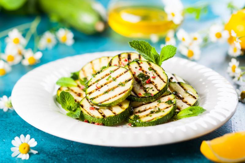 5 modi veloci per cucinare le zucchine guide di cucina for Cucinare le zucchine