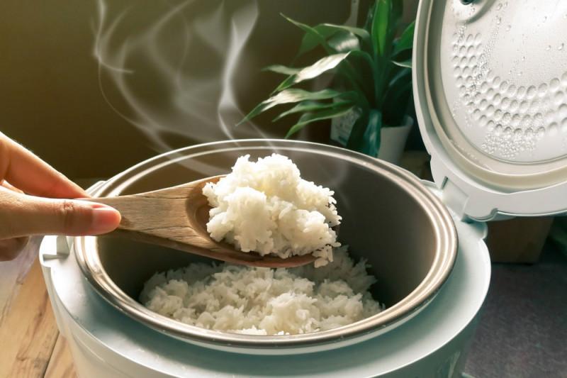 Come cuocere il riso in una pentola a pressione