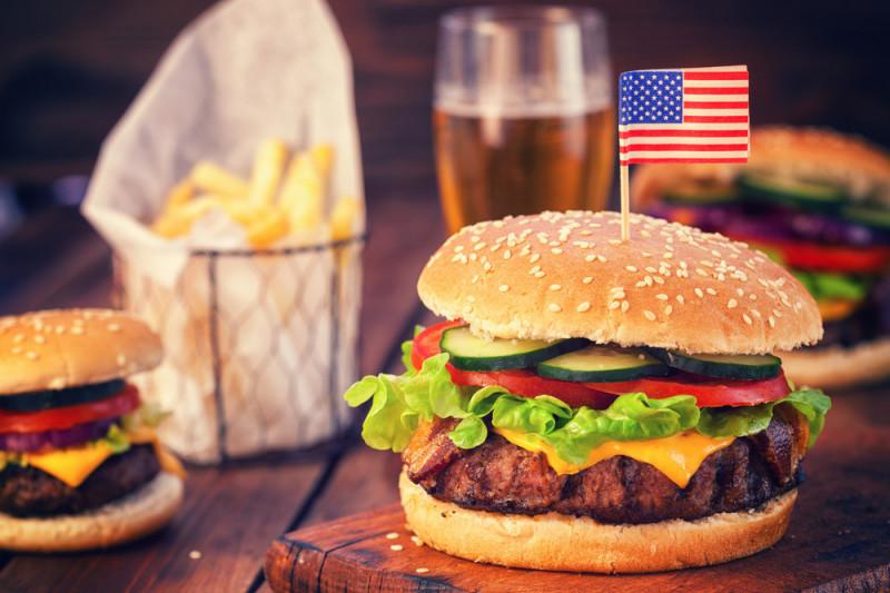 Come preparare un vero hamburger americano