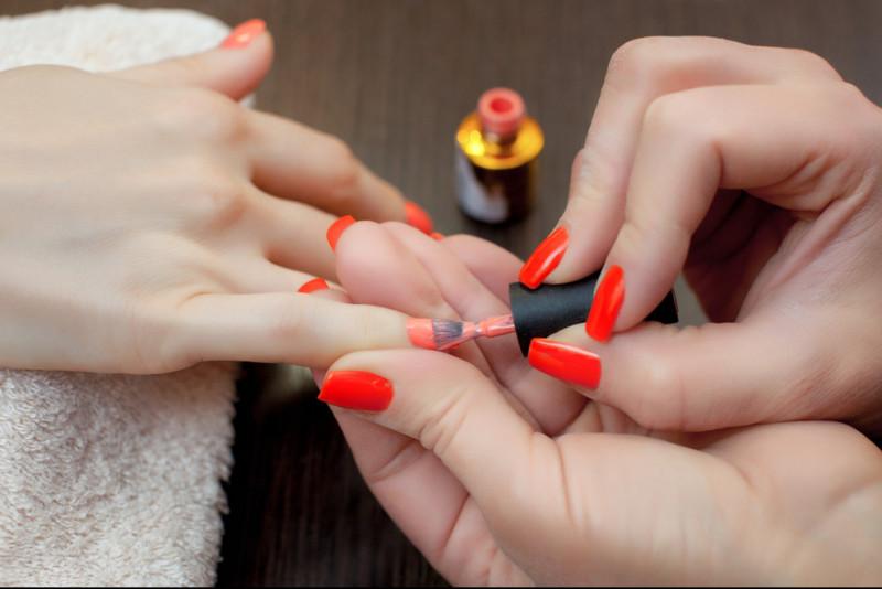 Come applicare il primer unghie