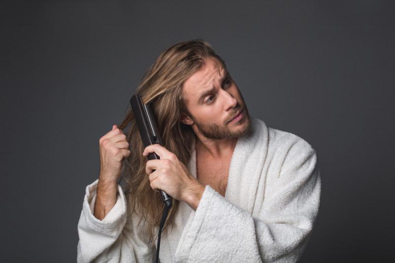 Come piastrarsi i capelli (per uomo)