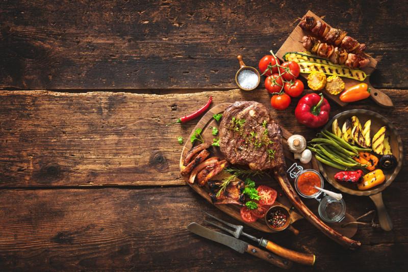 Le migliori spezie da abbinare alla carne