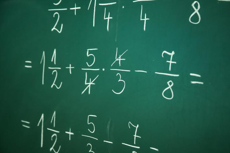 Come spiegare la divisione a due cifre ai bambini
