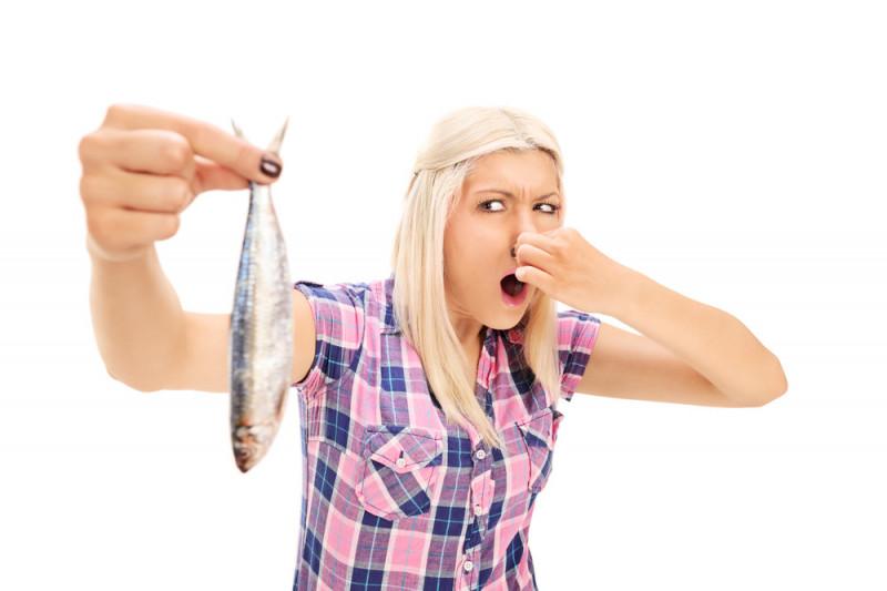 Come eliminare l'odore di pesce in casa