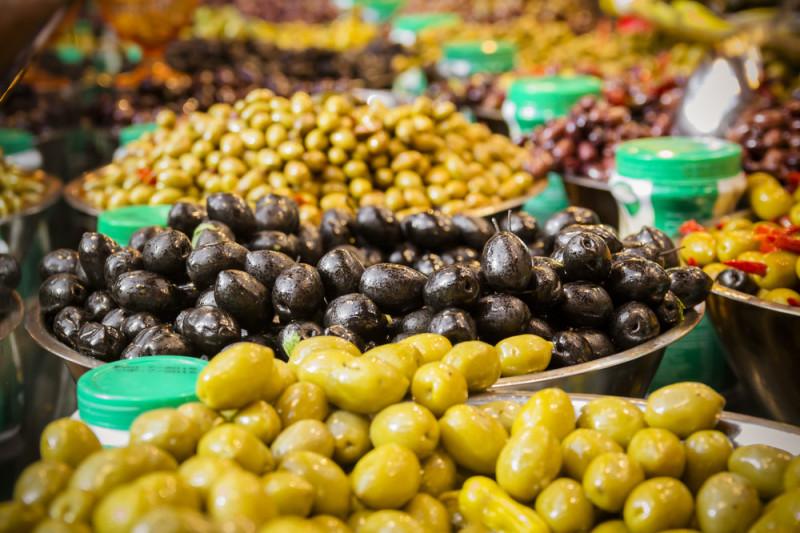 Come preparare le olive in salamoia