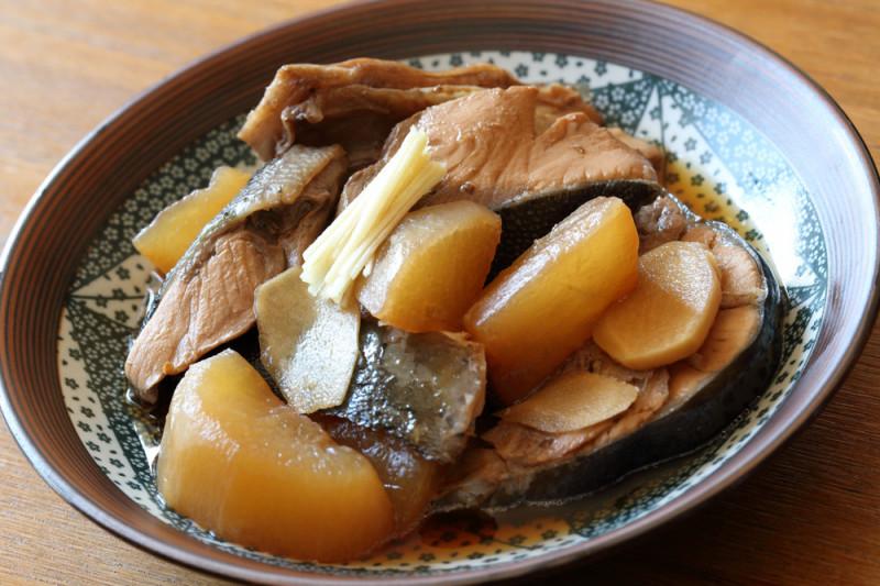 Ricetta: filetti di ricciola al forno con patate
