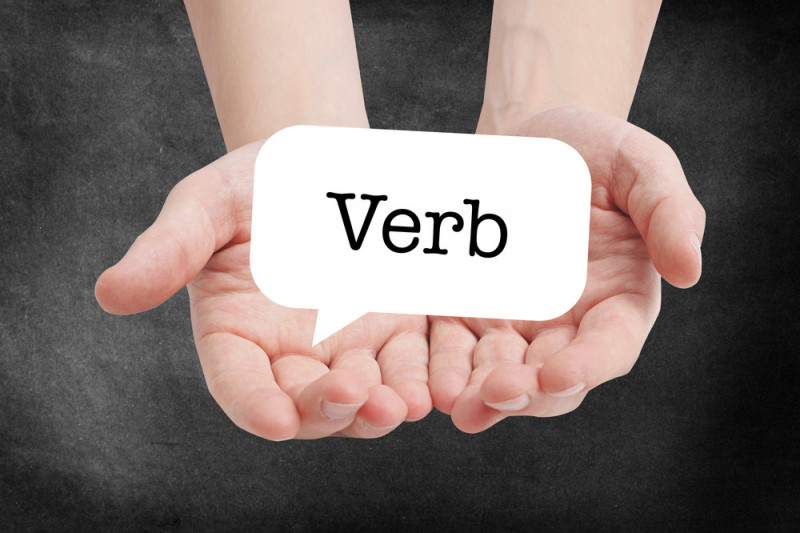 Come distinguere i verbi transitivi e intransitivi