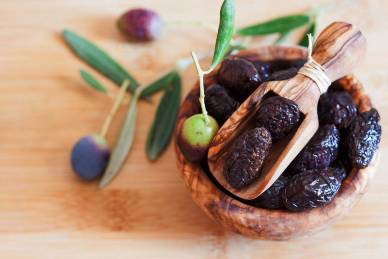 Come si preparano le olive secche sott'olio