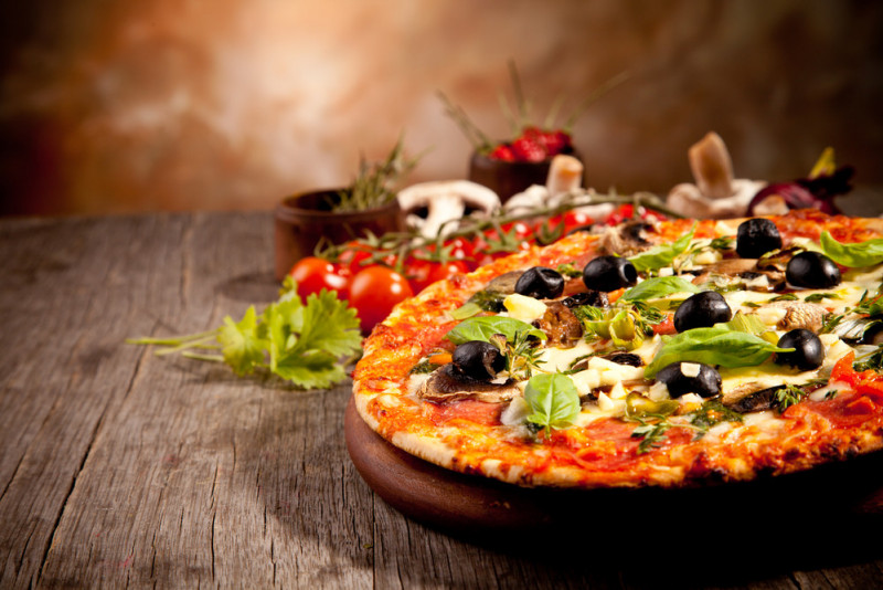 Come stendere bene la pasta della pizza