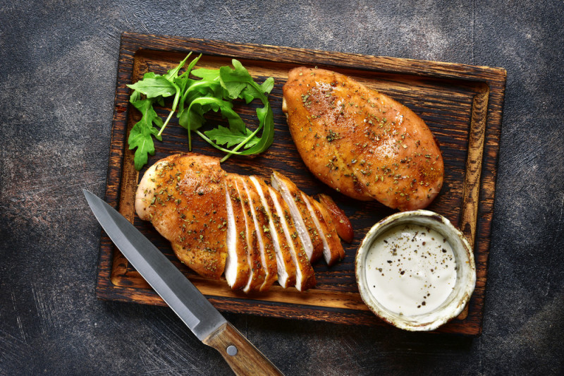 Ricetta: petto di pollo in salsa bianca