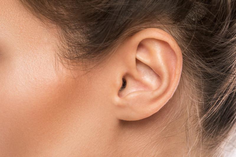 Come eliminare i peli dal naso e nelle orecchie? • Guide ...