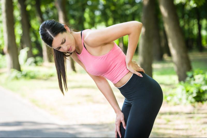 Come evitare il dolore addominale durante la corsa