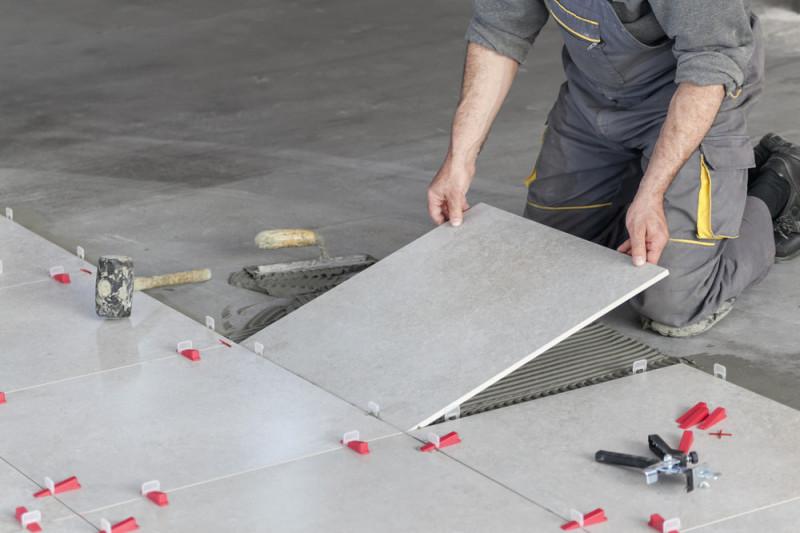 Come forare le piastrelle senza romperle