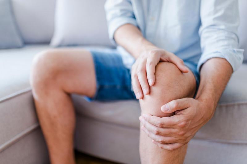Come trattare una contusione al ginocchio