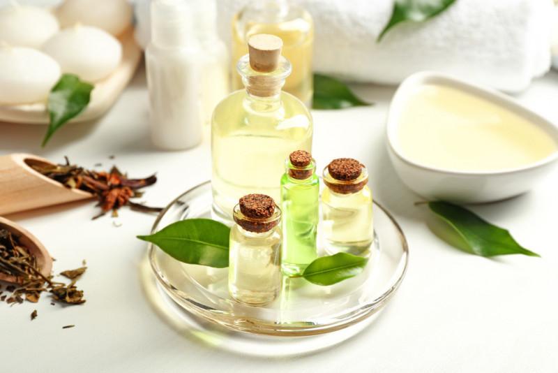 Come usare il tea tree oil per i pidocchi