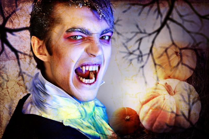 Come creare un trucco da Conte Dracula per Halloween